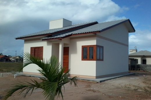 Casas para construir à partir de R$ 95.000,00 em Balneário Arroio do Silva !!!