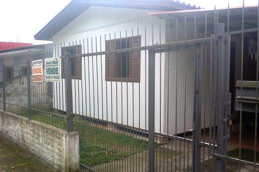 Casa de 03 quartos mista na Vila São José !!!