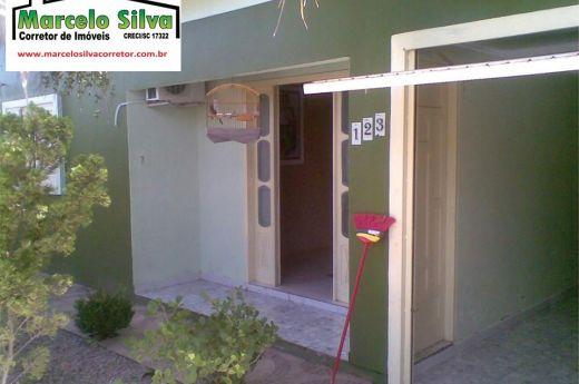 Casa de 3 quartos, aceita sítio ou carro na negociação !