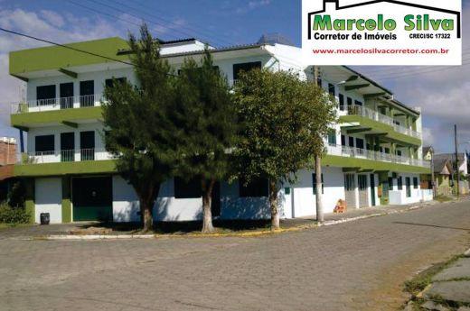 Prédio com 14 apartamentos mobiliados no centro de Arroio do Silva !!!